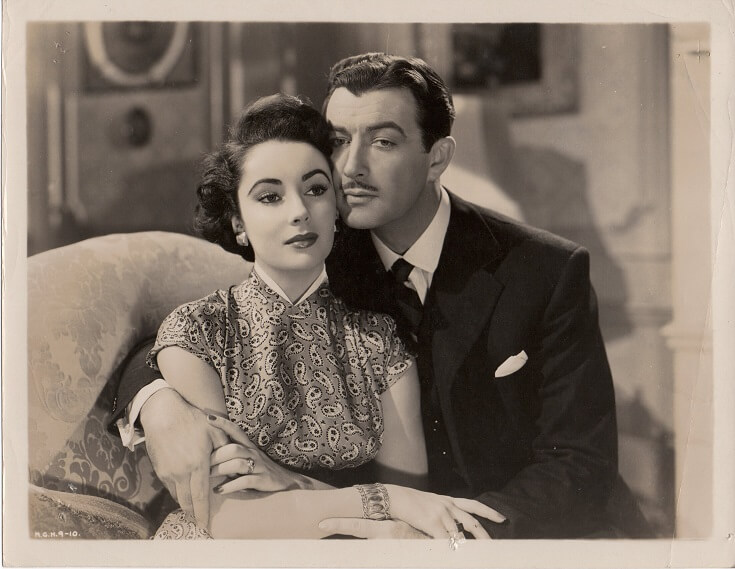 conspirator 1949 publicity still with elizabeth taylor and robert taylor