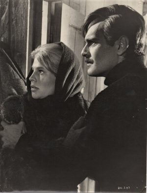 Doctor Zhivago publicity still 8 x 10 David Lean (11)