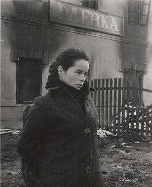 Doctor Zhivago publicity still 8 x 10 David Lean (11) Geraldine Chaplin