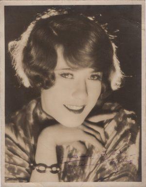 Louise Fazenda 1920's hand signed portrait star of the 1926 thriller The Bat (2)