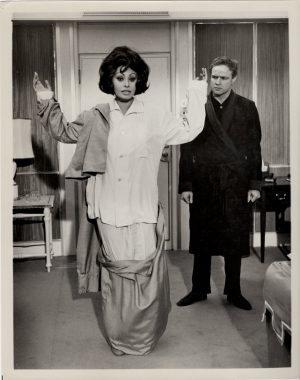 A Countess From Hong Kong US Still With Sophia Loren and Marlon Brando (9)