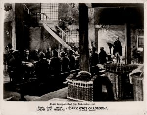 dark eyes of london still with Bela Lugosi and Greta Gynt (7)