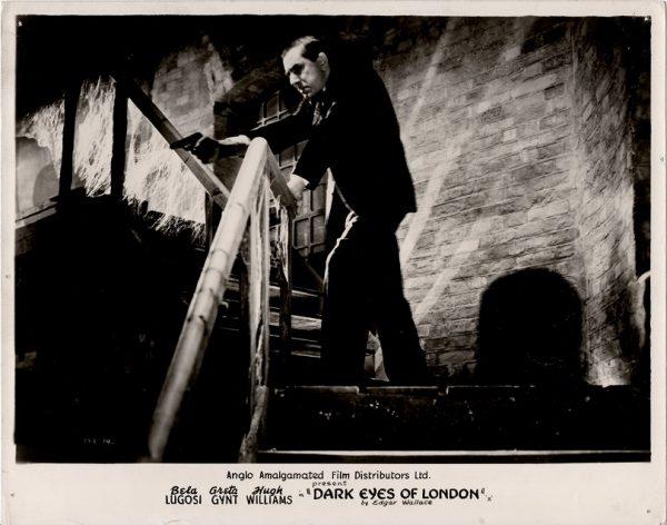 dark eyes of london still with Bela Lugosi and Greta Gynt (7)