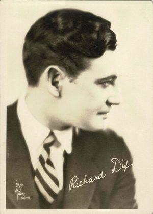 Richard Dix 1940's Portrait 5 x 7 (Printed Signature) (5)